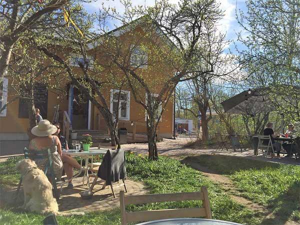Köpmans - Restaurant - B&B trädgård